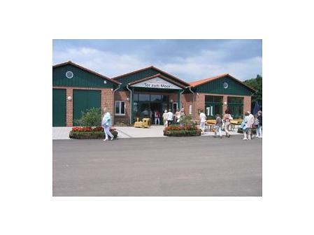 Informationszentrum Tor zum Moor und Café Altes Torfwerk©Moorbahn Uchter Moor